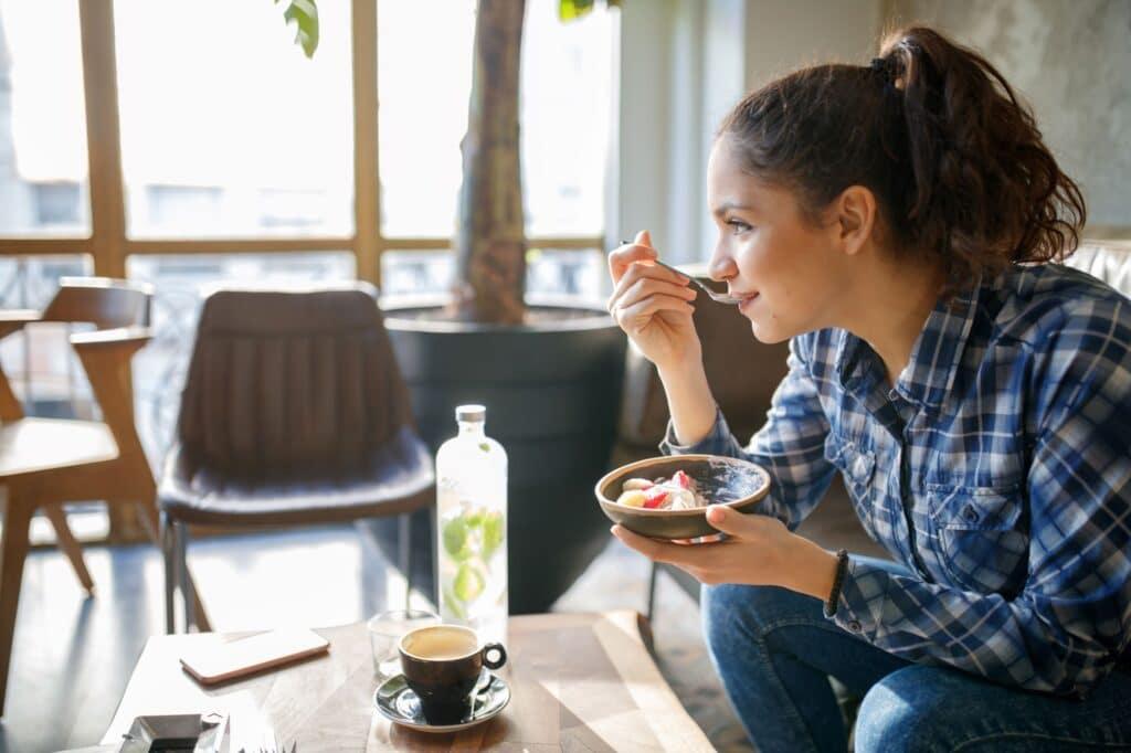 girl on gluten free diet